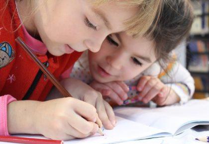 DOUAI : RENTRÉE SCOLAIRE , c'est parti pour les inscriptions en 1ère année maternelle et élémentaire.