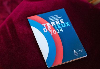 """DOUAI : La ville reçoit le label """"Terres de Jeux 2024"""""""