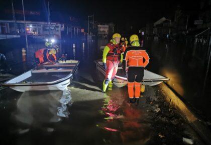 DOUAI: TEMOIGNAGE – 24h avec un sapeur pompier de Douai aux inondations de Liège.